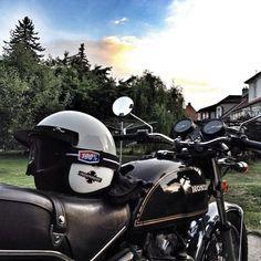 #honda #cb500t #cb500twin #motorcycles #classicmotorcycles  #oldmotorcycles #daytonahelmets  #summer Reposted Via @sldck