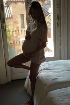 beautiful mumma - beautiful mumma all mummers are amazing - Cute Maternity Outfits, Stylish Maternity, Maternity Pictures, Maternity Fashion, Pregnancy Goals, Pregnancy Outfits, Pregnancy Photos, Estilo Baby Bump, Belly Photos