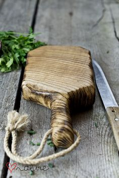 chopping ash wood board