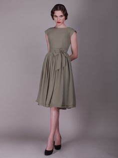 Cap Sleeved  Vintage Bridesmaid Dress with Bows