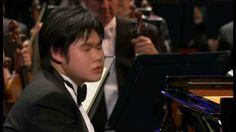 Nobuyuki Tsujii - Rachmaninoff - Piano Concerto No 2 in C minor, Op 18 BBC Philarmonic conducted by Juanjo Mena.