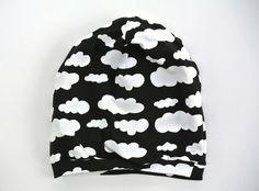 Mütze Beanie mit Wolken in Wunschgröße von Riekchen auf DaWanda.com
