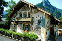 #Fairytale houses in #Oberammergau , #Bavaria #Germany #Architecture #design