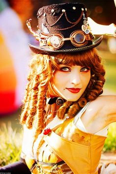 This girl has one awesome steampunk outfit. This is a detail of her hat, hair, and makeup.