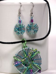 Washers with colorful wire for necklace and earrings