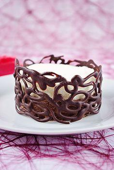 Bavarois individuels au chocolat et à la vanille