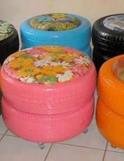 tires - what a clever idea for a den/play room or children's bedroom so going to so this in the future