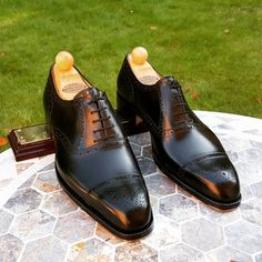 Punched ToeCap Oxford. Leaving today for a London client. - Email: Ascotshoes@outlook.com Whatsapp: +447495411782 Vass prices from $695 USD for MTO'S & from $495 for RTW