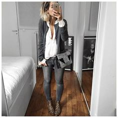 Graue Jeans + weiße Bluse