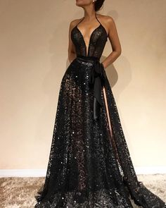 Sexy black v-neck evening gowns 2019 lace prom dress with sl Elegant Dresses For Women, Pretty Dresses, Sexy Dresses, Beautiful Dresses, Formal Dresses, Summer Dresses, Tailored Dresses, Romantic Dresses, Elegant Gowns