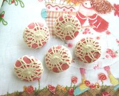 Lace/Fabric buttons