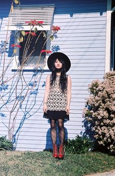 witch hat  lace dress