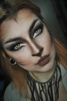 Looking for for inspiration for your Halloween make-up? Navigate here for perfect Halloween makeup looks. : Looking for for inspiration for your Halloween make-up? Navigate here for perfect Halloween makeup looks. Halloween Zombie Makeup, Chat Halloween, Halloween Inspo, Halloween Makeup Looks, Rabbit Halloween, Halloween Images, Wolf Make Up Halloween, Wolf Halloween Costume, Halloween 2018