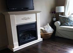 how to paint a fireplace | refinishing wood fireplace | spraypainting furniture | {NATURAL} MOMMIE