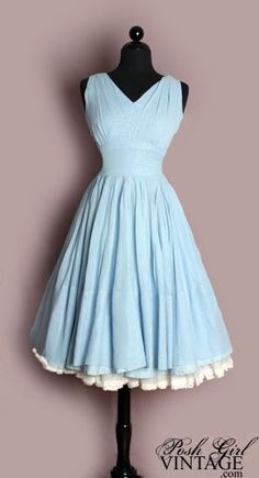 Gorgeous in blue...... 1950's fabulousity!