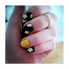 Flower nails. ♡