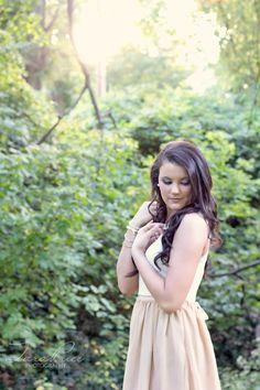 Maggies Sneak Peak | High School Senior Portrait Photographer