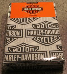 1000 images about harley for the walls on pinterest harley davidson logo harley davidson and. Black Bedroom Furniture Sets. Home Design Ideas