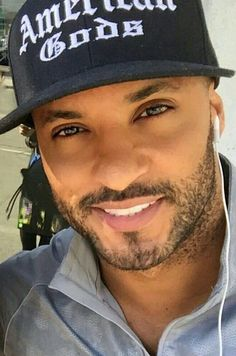 Beautiful Men Faces, Most Beautiful Man, Gorgeous Men, Hot Black Guys, Black Men, Black Boys, Ricky Whittle The 100, Lincoln And Octavia, American Gods