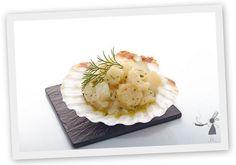 Pour les occasions, pour les fêtes ou pour dégustez un repas délicieux et luxueux, les noix de saint-jacques cuisinées à la Bretonne ravieront vos convives !