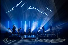 Christine And The Queens - Sceptron_LED tube_Stage Design Concert Lights, Christine And The Queens, Church Stage Design, Led Tubes, Lighting Design, Lighting Ideas, Stage Set, Star Designs, Set Design