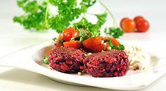 Rödbetsbiffar med tomatsallad och getostcrème - Min träning | SATS