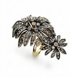 Bague diamants et argent vieilli : Marguerites par H. Stern