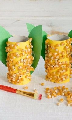 Corn Cob Craft Corn on the Cob Craft - Celebrate the fall harvest with adorably crafted corn on the co Harvest Crafts For Kids, Kids Crafts, Harvest Activities, Farm Crafts, Thanksgiving Crafts For Kids, Daycare Crafts, Thanksgiving Activities, Classroom Crafts, Autumn Activities