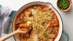 This hearty skillet dinner is an easy, deconstructed version of chicken Parmesan that makes the classic achievable, even on the most rushed weeknight. Still cheesy, still crunchy, still saucy—just easier to assemble and made right on the stovetop! Huevos Rancheros, Ribs, Skillet Dinners, Easy Dinners, Smoothies, Smoothie Bowl, Fudge, One Pot Meals, Ravioli