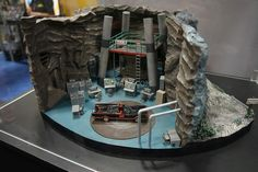 1966 Batcave Diorama @ San Diego Comic Com 2016 Batman Batcave, Batman 1966, Lego Batman, Superhero, Batman Tv Show, Batman Tv Series, Sdcc 2016, Diorama Ideas, Wargaming Terrain