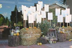 6 ideas para un seating plan temático Ideas Para, Table Decorations, How To Plan, Wedding, Stationary, Home Decor, Google, Seating Plans, Wedding Decoration