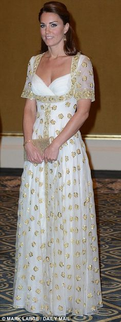 Duchess of Cambridge in McQueen - Love her and the dress!