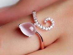 Trendy Jewelry Review - Earrings, Rings, Necklaces, Bracelets, Body Jewelry...