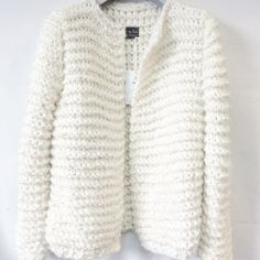 Chunky Kiro by Kim handknit in white. Made in Rotterdam, the Netherlands