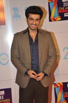 Arjun Kapoor at Zee Cine Awards 2013.