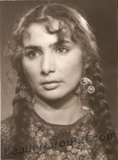 Raya Udovikova gypsy actress, singer photo