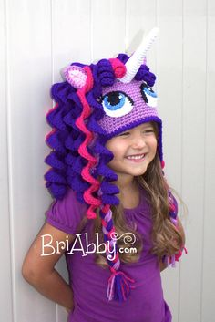 Crochet unicorn hat pattern little pony Ideas Crochet Beanie, Cute Crochet, Crochet For Kids, Crochet Crafts, Crochet Projects, Knit Crochet, Crochet Pony, Baby Knitting Patterns, Crochet Patterns