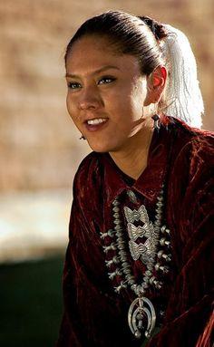 Navajo Woman  (First Nations)