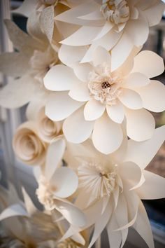 Paper Flower Wall Group 5 Flower Group White or Ivory Lace and Pearls Home Decoration Wedding Decor Party Decorations Giant Paper Flowers, Diy Flowers, Fabric Flowers, Flower Paper, Large Flowers, Diy Paper, Paper Art, Paper Crafts, Free Paper