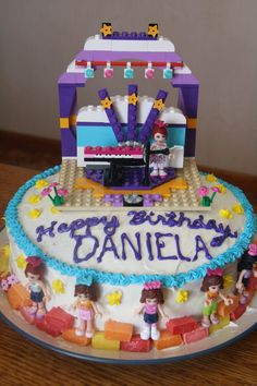 Lego Friends Birthday Cake  Build your own cake topper - love this idea cake topping is part of the birthday present - awesome!
