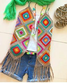 Crochet cardigan sweater pattern granny squares 35 Ideas for 2019 Gilet Crochet, Crochet Coat, Crochet Jacket, Crochet Cardigan, Love Crochet, Crochet Granny, Beautiful Crochet, Crochet Shawl, Crochet Clothes