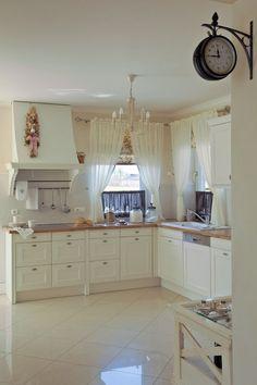 Angielska kuchnia Leroy Merlin, Provence, Kitchen Cabinets, Living Room, House, Design, Home Decor, Kitchens, Entertainment