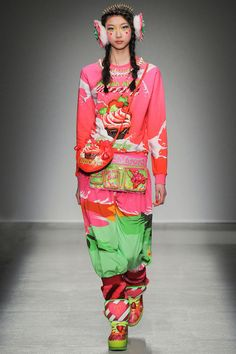 Manish Arora | Fall 2014 Ready-to-Wear Collection | Style.com *UTILITY BELTS AND TREASURE BAGS*