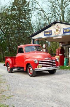 64 Ideen Pickup Truck Design Oldtimer - Old Trucks/Little Red Truck - American Pickup Trucks, Vintage Pickup Trucks, Classic Pickup Trucks, Antique Trucks, Antique Cars, Chevrolet Trucks, Gmc Trucks, Cool Trucks, Lifted Trucks