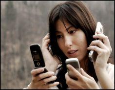 omul dependent de facebook telefon - Căutare Google