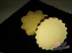 Fantastické mini šlehačkové cukroví | NejRecept.cz Mini, Cookies, Food, Biscuits, Crack Crackers, Essen, Meals, Cookie Recipes, Yemek