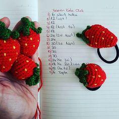 Crochet Fruit, Crochet Sunflower, Crochet Food, Love Crochet, Crochet Motif, Crochet Doilies, Crochet Flowers, Crochet Dolls Free Patterns, Doily Patterns