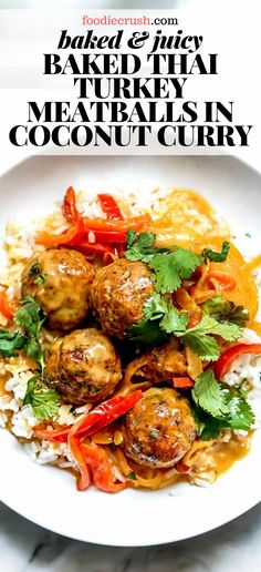 These light and tender baked turkey meatballs get a Thai twist with the addition of ginger, garlic, and red curry paste in a Thai coconut milk sauce dinner. Healthy Turkey Recipes, Healthy Ground Turkey, Ground Turkey Recipes, Healthy Thai Food, Dinner Healthy, Crockpot Recipes, Soup Recipes, Vegetarian Recipes, Salsa Curry