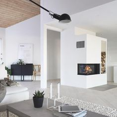You find me here in front of the fireplace... #livingroom #stylizimohouse #nordpeis