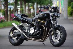 Yamaha XJR1200 Street Fighter